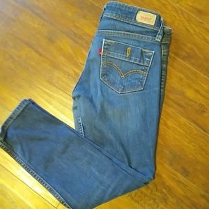 Levis cropped jeans 524